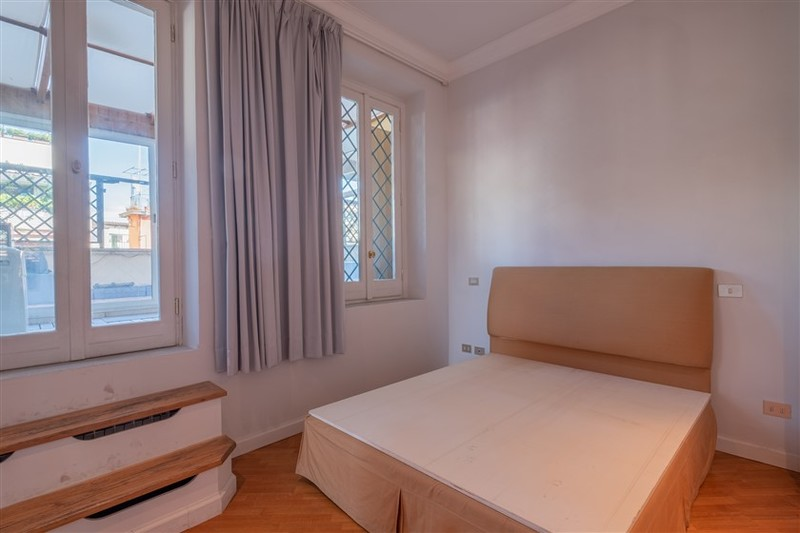 camera da letto c .jpg