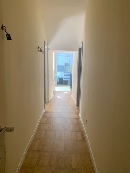 corridoio da armadio alla cucina.jpg