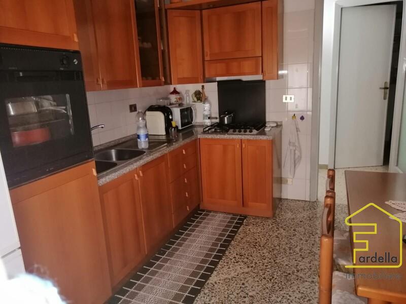 cucina 1 stato di fatto.JPG